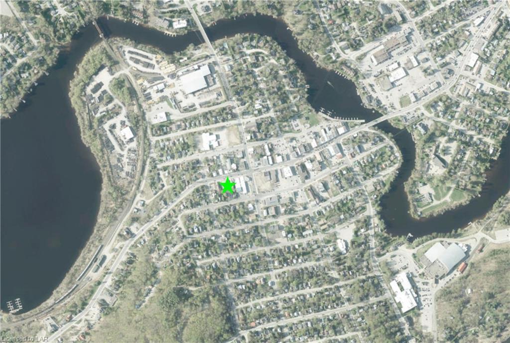 11 MAIN Street W, Huntsville, Ontario (ID 40090747)