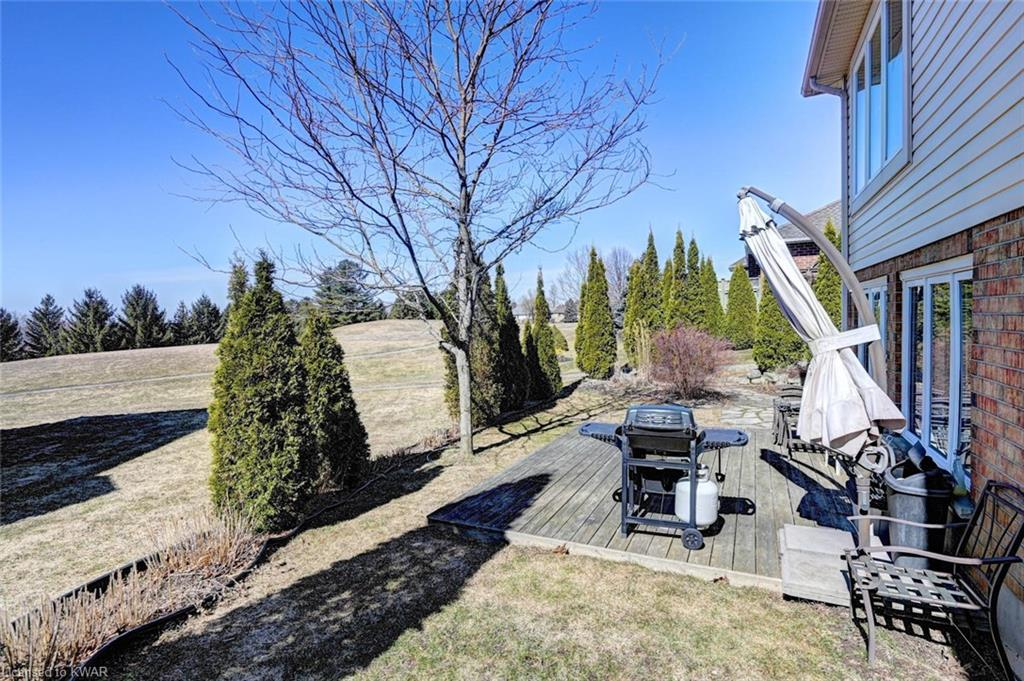 167 Golf Links Drive, Baden, Ontario (ID 30803365)