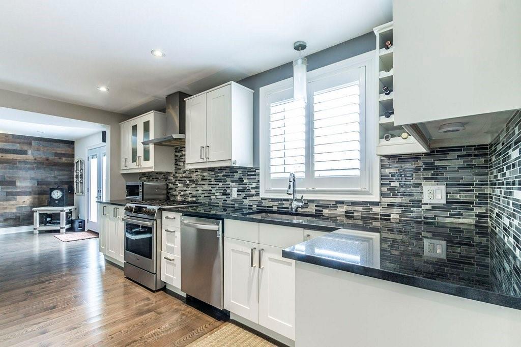320 BRYANT Crescent, Burlington, Ontario (ID H4074433)