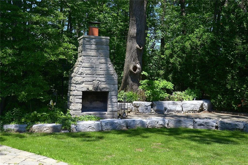 15 Oldoakes Place, Ancaster, Ontario (ID H4065952)