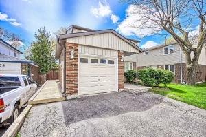 194 William Roe Blvd., Newmarket, Ontario