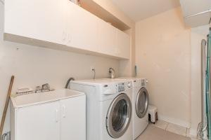 535 Londry Crt, Newmarket, Ontario