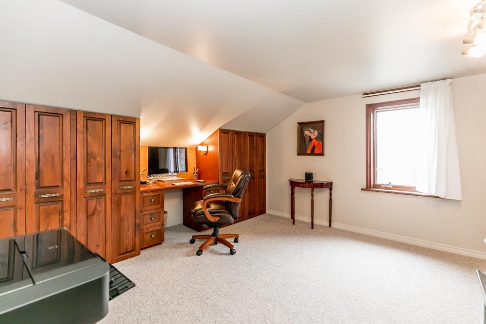 162 Barrie St.,, Bradford, Ontario