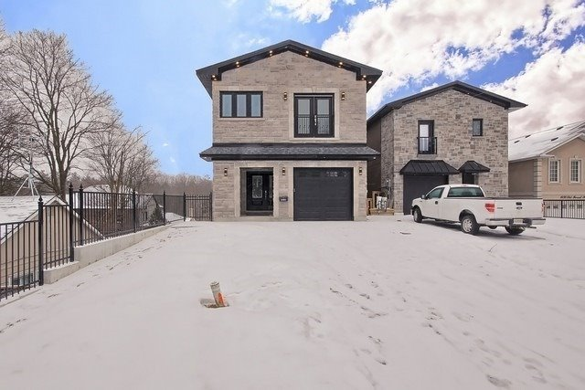 1494 Old Forest Rd, Pickering, Ontario (ID E4750729)