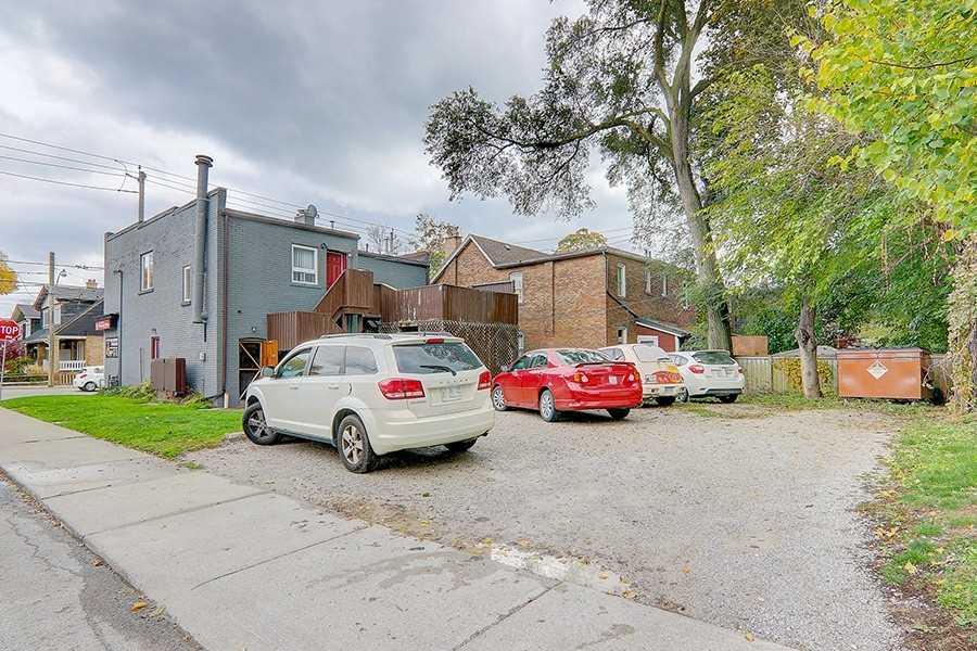 64 Kingston Rd, Toronto, Ontario (ID E4961594)