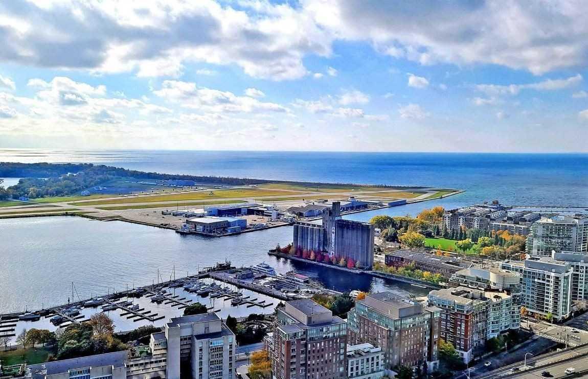 15 Fort York Blvd, Toronto, Ontario (ID C5272043)
