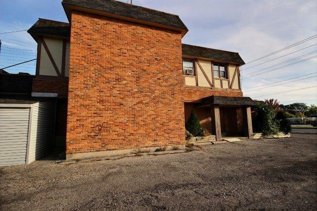 348 & 300 EAST Street South, Sarnia, Ontario (ID 20003047)
