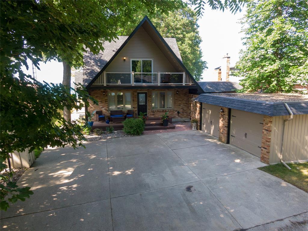 2557 OLD LAKESHORE Road, Sarnia, Ontario (ID 20001453)
