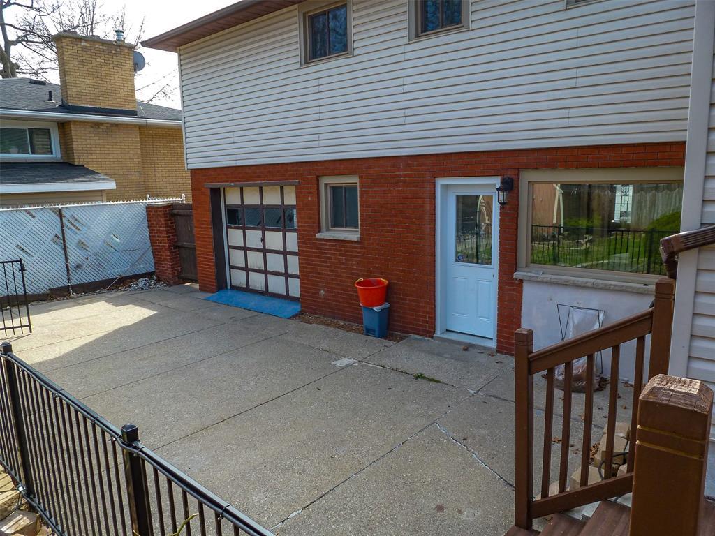 1174 COLBORNE Road, Sarnia, Ontario (ID 21004609)