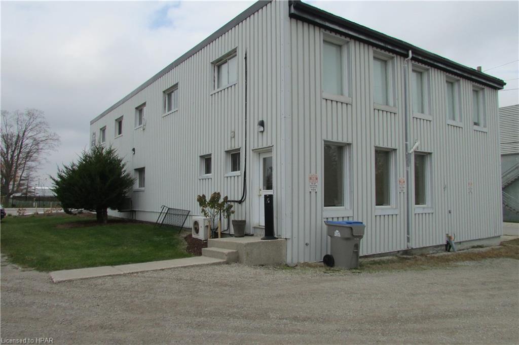 138 Main Street S, Seaforth, Ontario (ID 30775156)