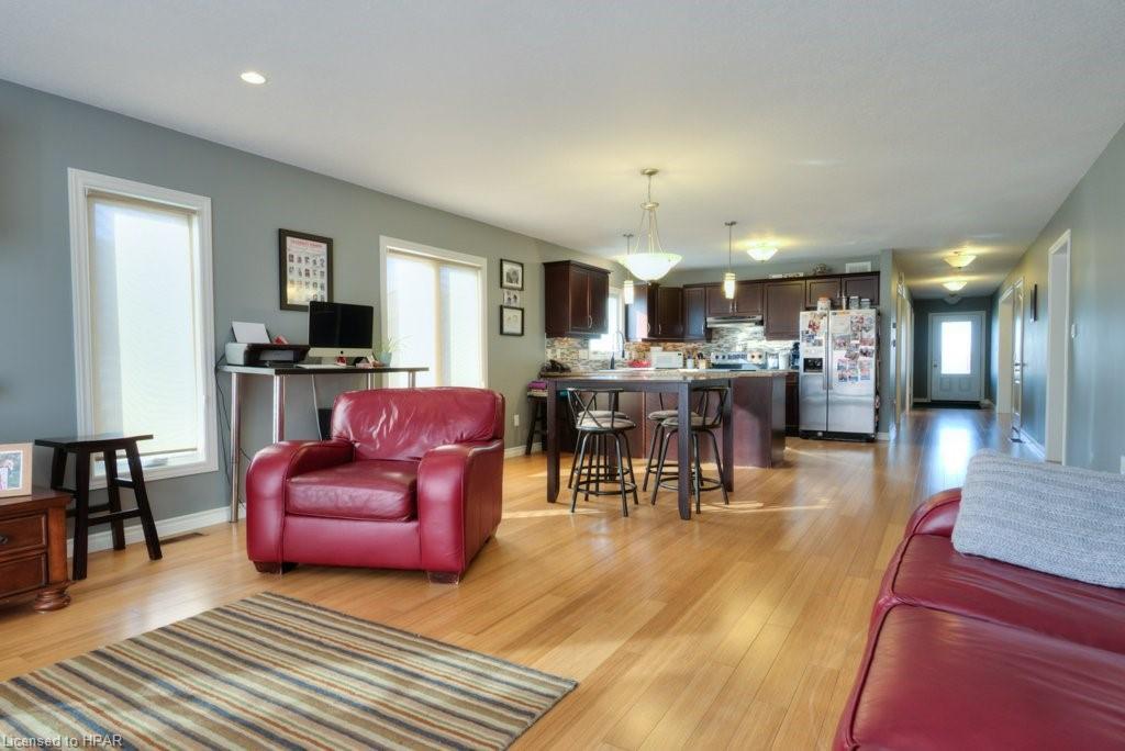 156 SPARLING Street, Seaforth, Ontario (ID 40048121)