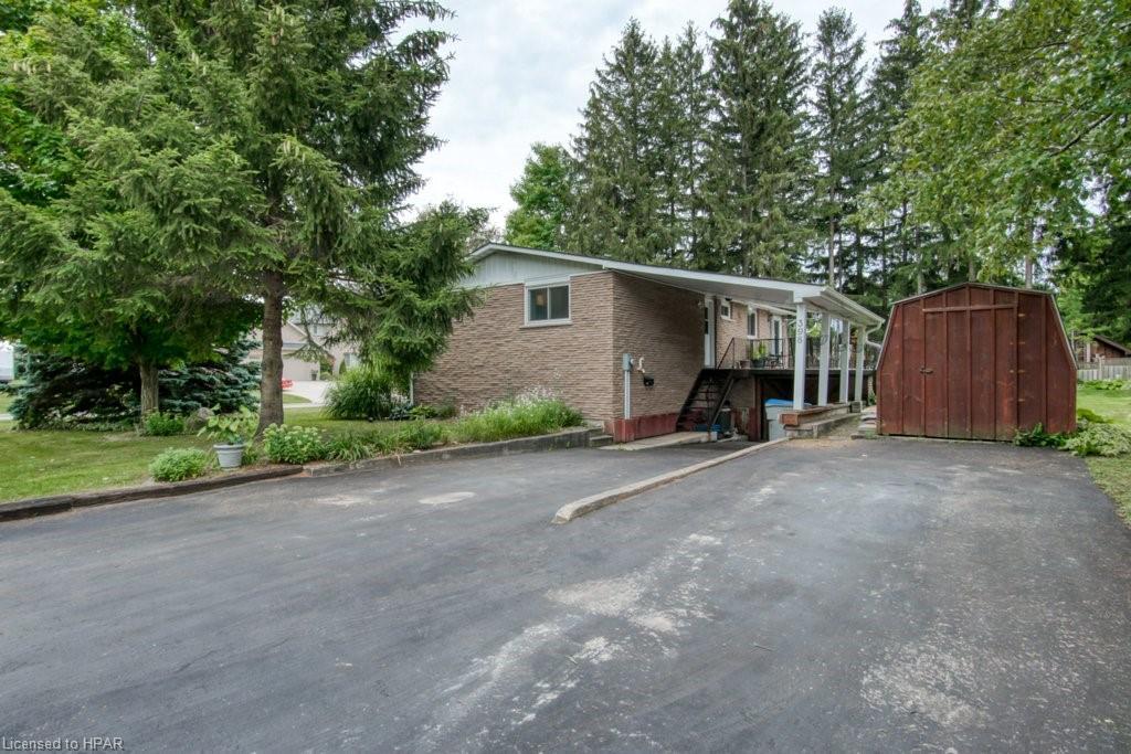 398 TOWNSEND Street, Clinton, Ontario (ID 40158242)