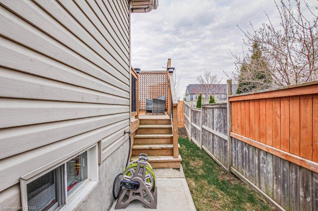 1652 BENJAMIN Drive, London, Ontario (ID 40086410)
