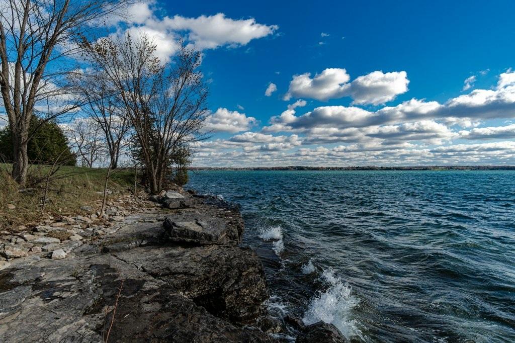 5365 Highway 96, Wolfe Island, Ontario (ID K19007076)