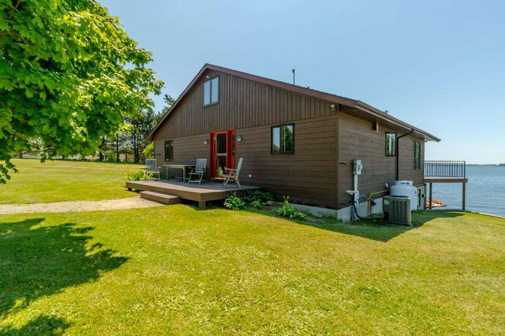200 Miller Lane, Wolfe Island, Ontario (ID K20000321)