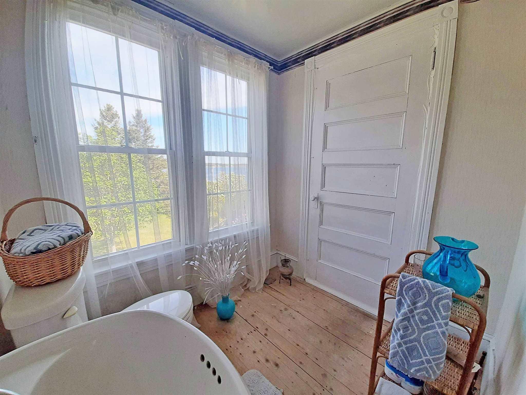 440 Kingsburg Road, Rose Bay, Nova Scotia (ID 202113502)