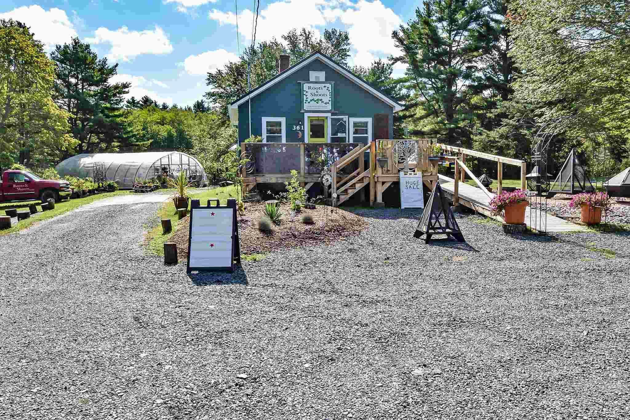 361 Victoria Road, Bridgewater, Nova Scotia (ID 202123332)