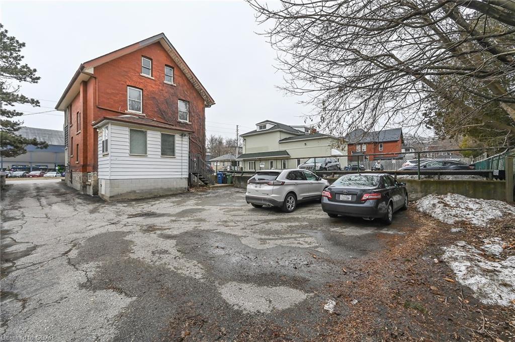 3 PAISLEY Street, Guelph, Ontario (ID 30811904) - image 40