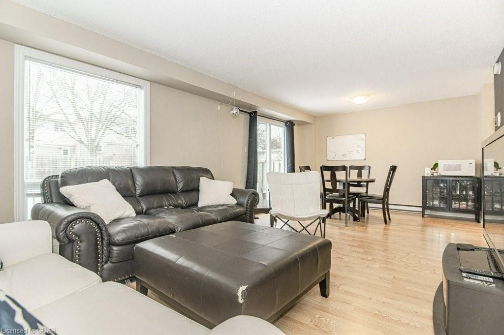 38 WALMAN Drive, Guelph, Ontario (ID 40056430) - image 8