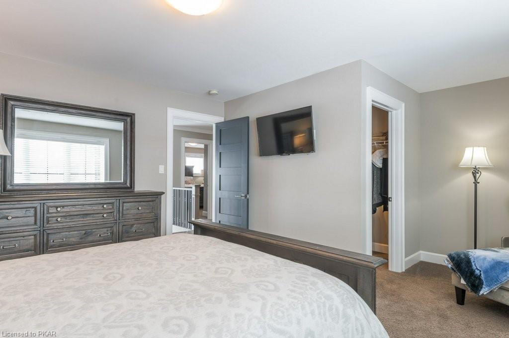 2100 BREEZY POINT Road, Bridgenorth, Ontario (ID 243258)