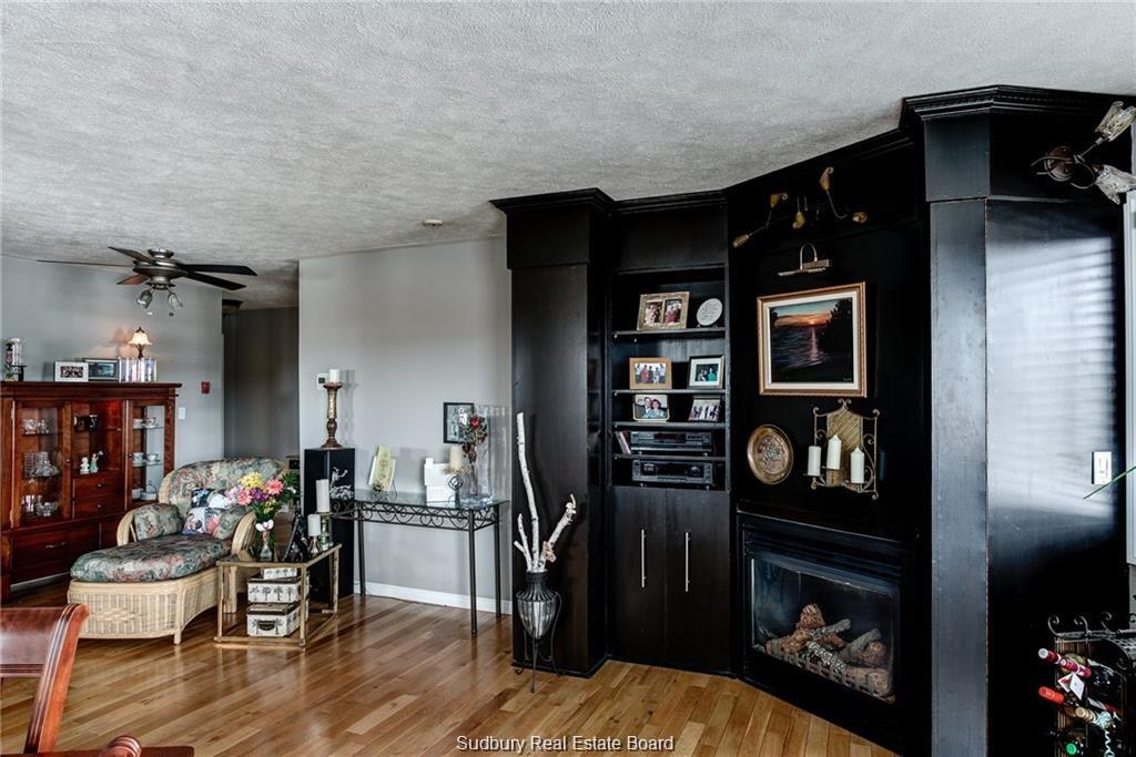 2865 Kingsway, Sudbury, Ontario (ID 2073875)