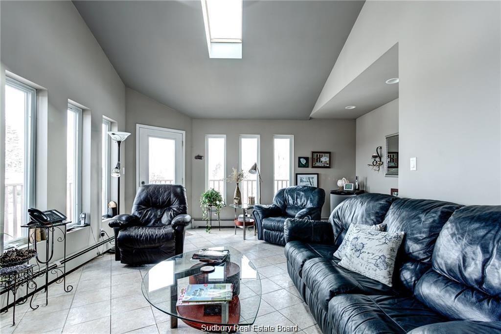2865 Kingsway, Sudbury, Ontario (ID 2085733)
