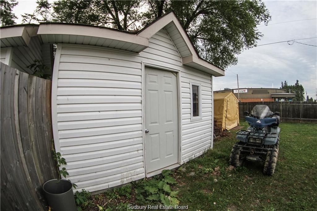 9 Main Street, St. Charles, Ontario (ID 2079130)