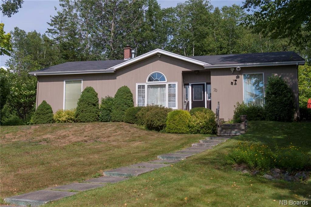70 Elizabeth Parkway, Rothesay, New Brunswick (ID NB010549)