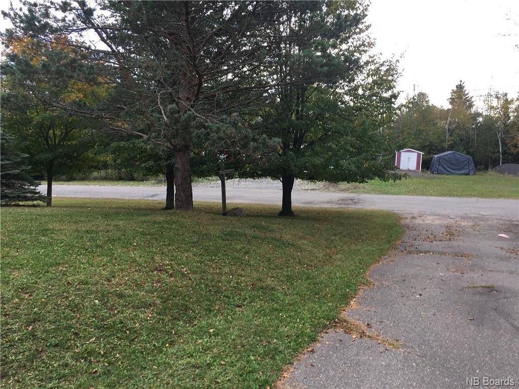 11 Ellis Drive, Rothesay, New Brunswick (ID NB050183)
