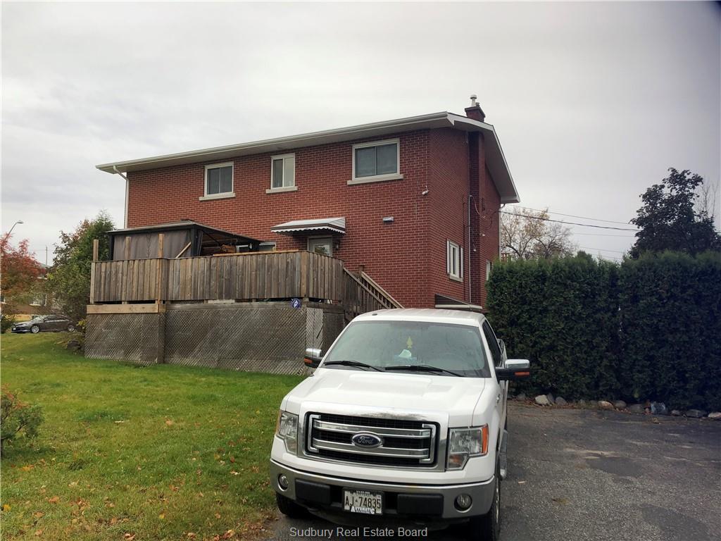 533-535 Burton Avenue N, Sudbury, Ontario (ID 2089986)