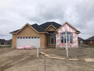 950 RIOPELLE DR, Sarnia, Ontario (ID 201467466)