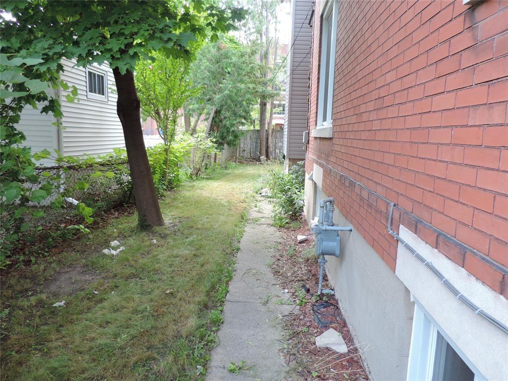 169 STUART Street Unit# UPPER, Sarnia, Ontario (ID 21002489)