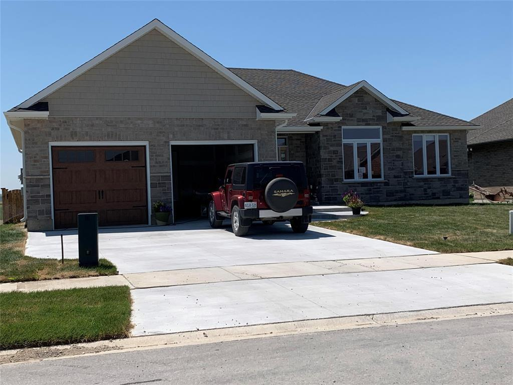 6782 GRIFFIN Drive, Plympton-wyoming, Ontario (ID 21000095)