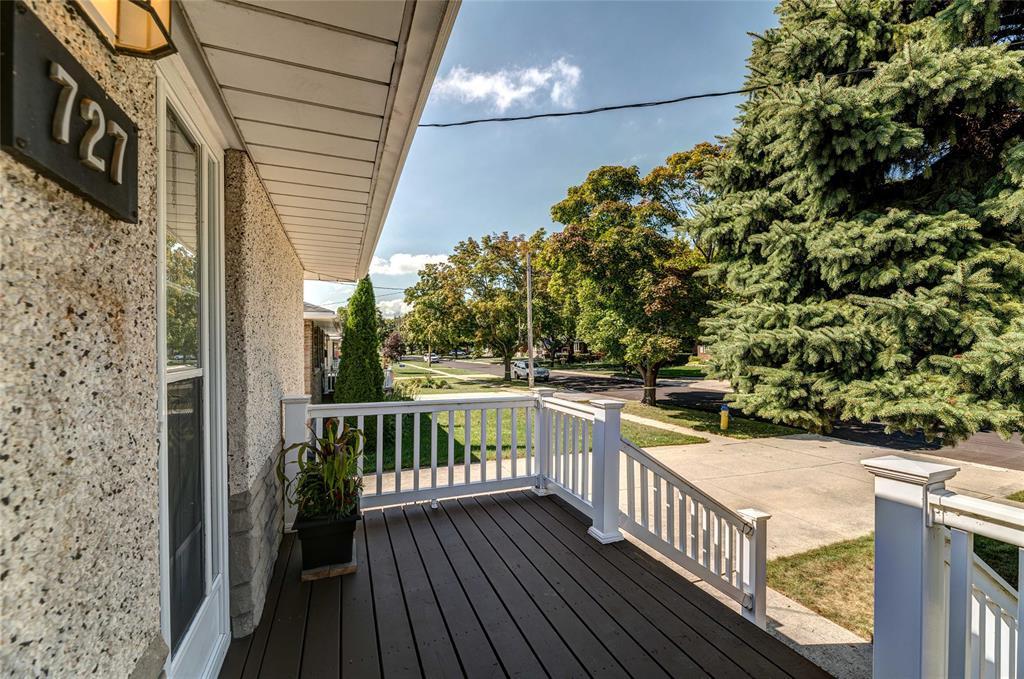 727 VICTORIA Avenue, Point Edward, Ontario (ID 18007859)