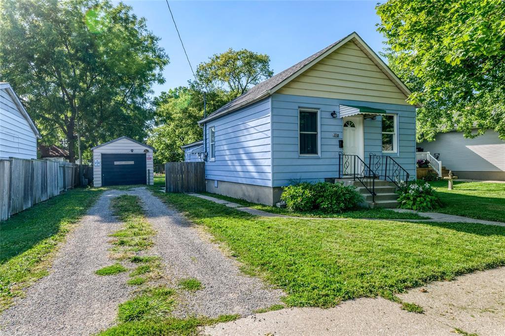 285 QUEEN Street, Sarnia, Ontario (ID 20010665)