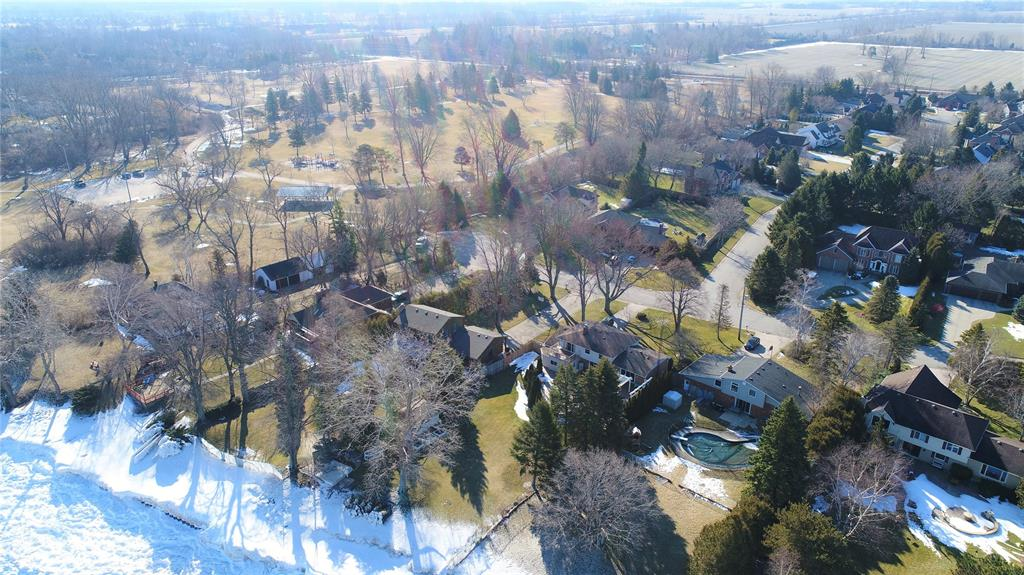 2335 PASSINGHAM Drive, Sarnia, Ontario (ID 20002957)