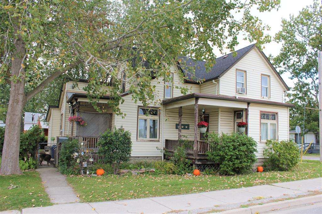 377 CENTRE Street, Petrolia, Ontario (ID 19026010)