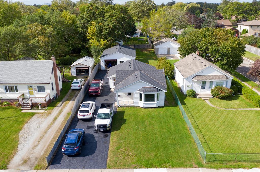 1445 COLBORNE Road, Sarnia, Ontario (ID 21020221)