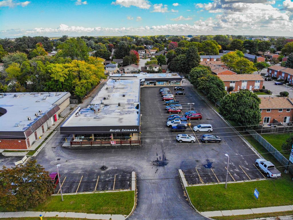 914 MURPHY Road, Sarnia, Ontario (ID 20013288)