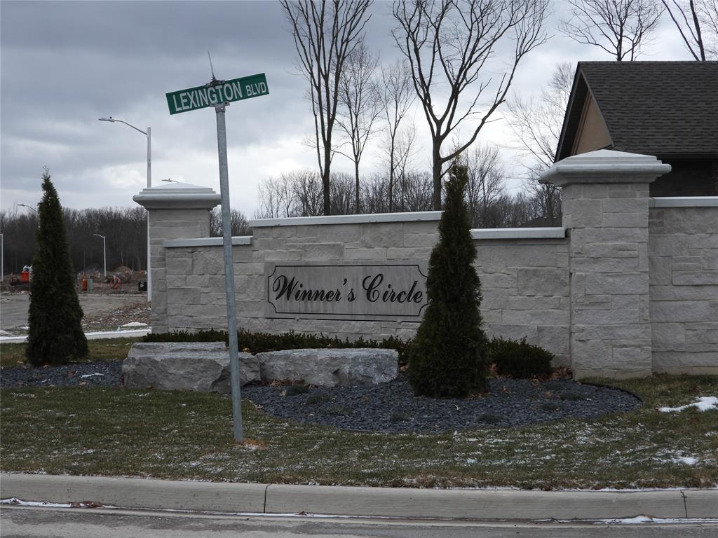 690 WINNERS Circle, St. Clair, Ontario (ID 21005093)