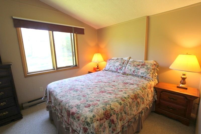 45 & 47 North Taylor Rd, Kawartha Lakes, Ontario (ID X4766620)