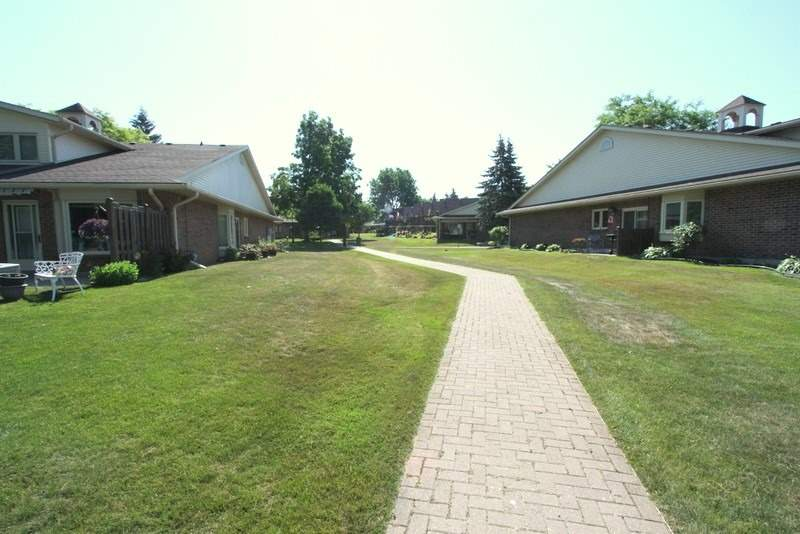 B90 Park Lawn Blvd, Brock, Ontario (ID N4814309)