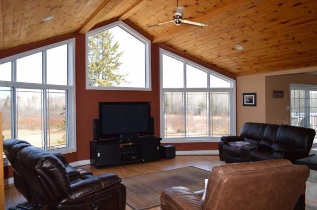 454 DERLAND RD, Corbeil, Ontario (ID 483400000316900)