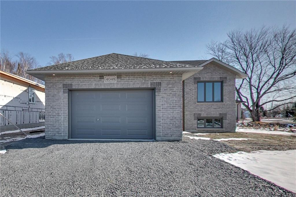 4048 Bonaventure Drive, Hanmer, Ontario (ID 2083202)