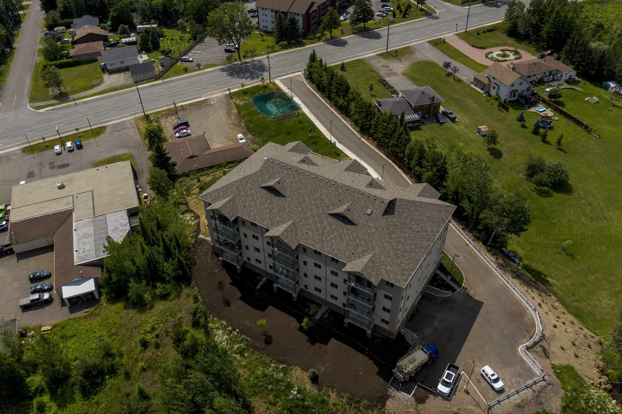 404 1230 DAWSON RD, Thunder Bay, Ontario (ID TB192473)