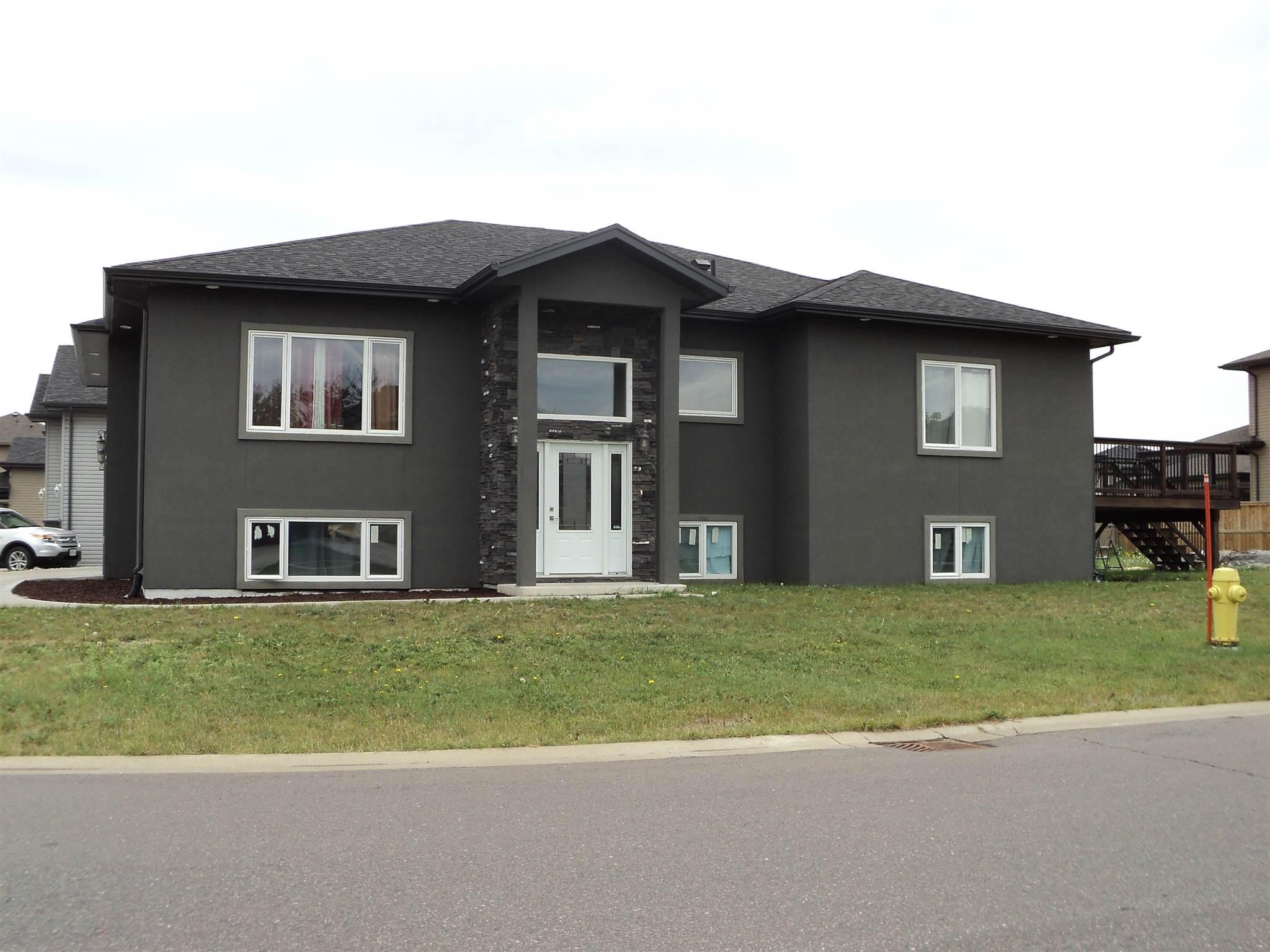 279 Cougar Crescent, Thunder Bay, Ontario (ID TB193671)