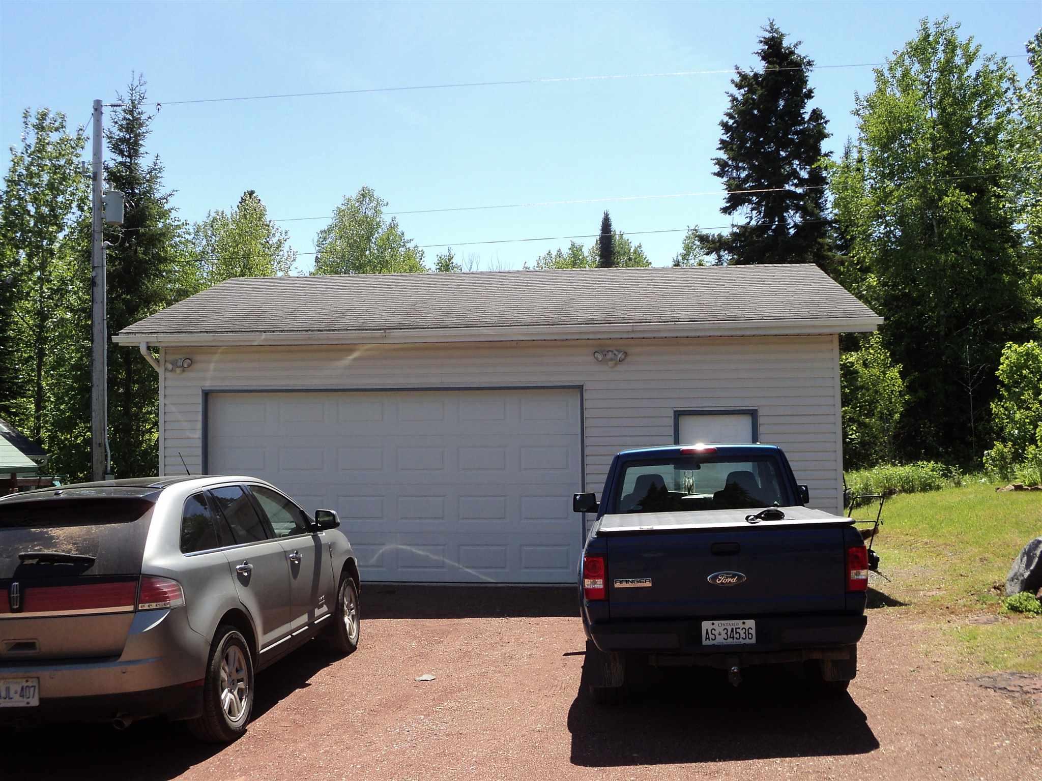 725 Grann Drive, Thunder Bay, Ontario (ID TB201262)