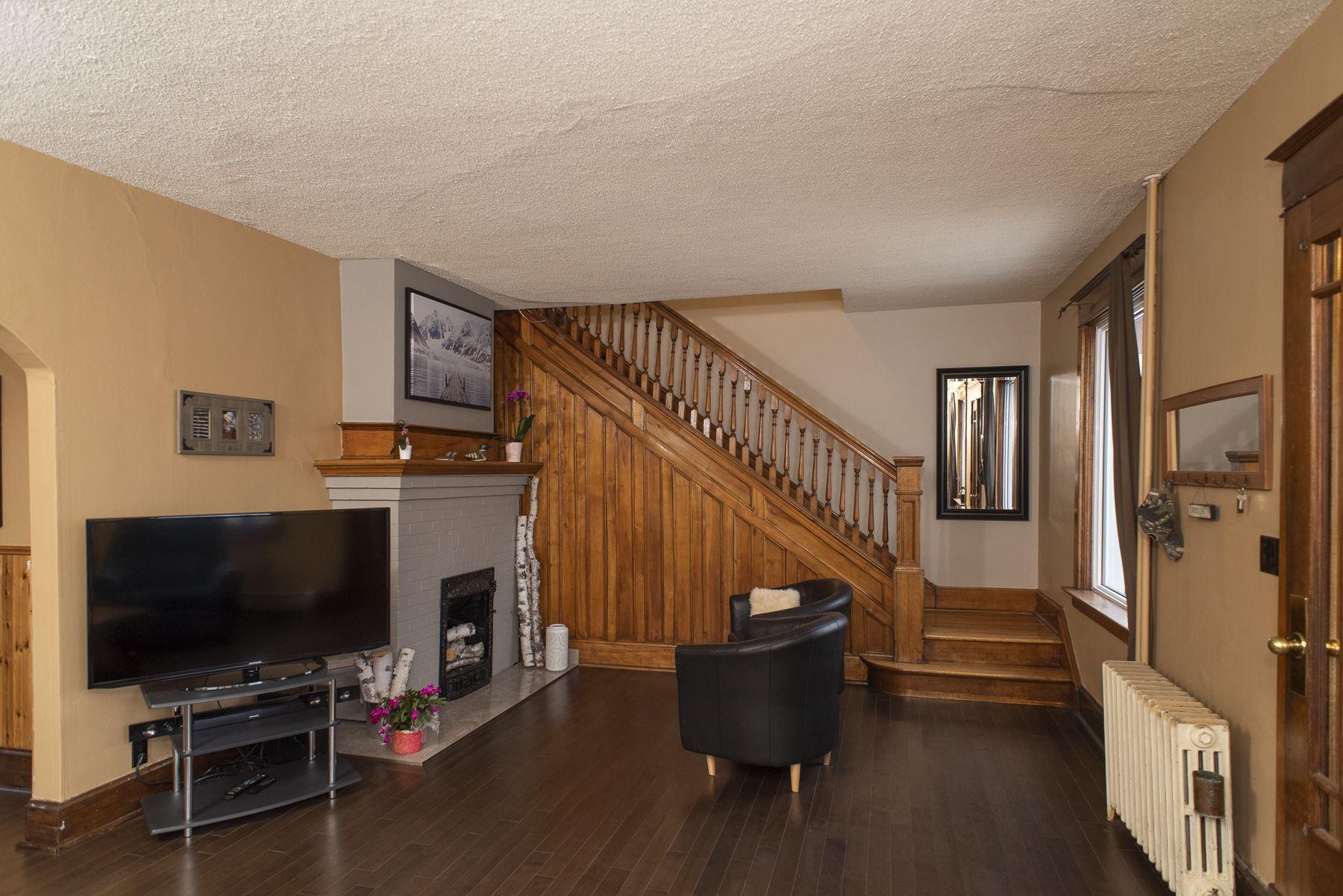 118 pine Street, Thunder Bay, Ontario (ID TB210651)