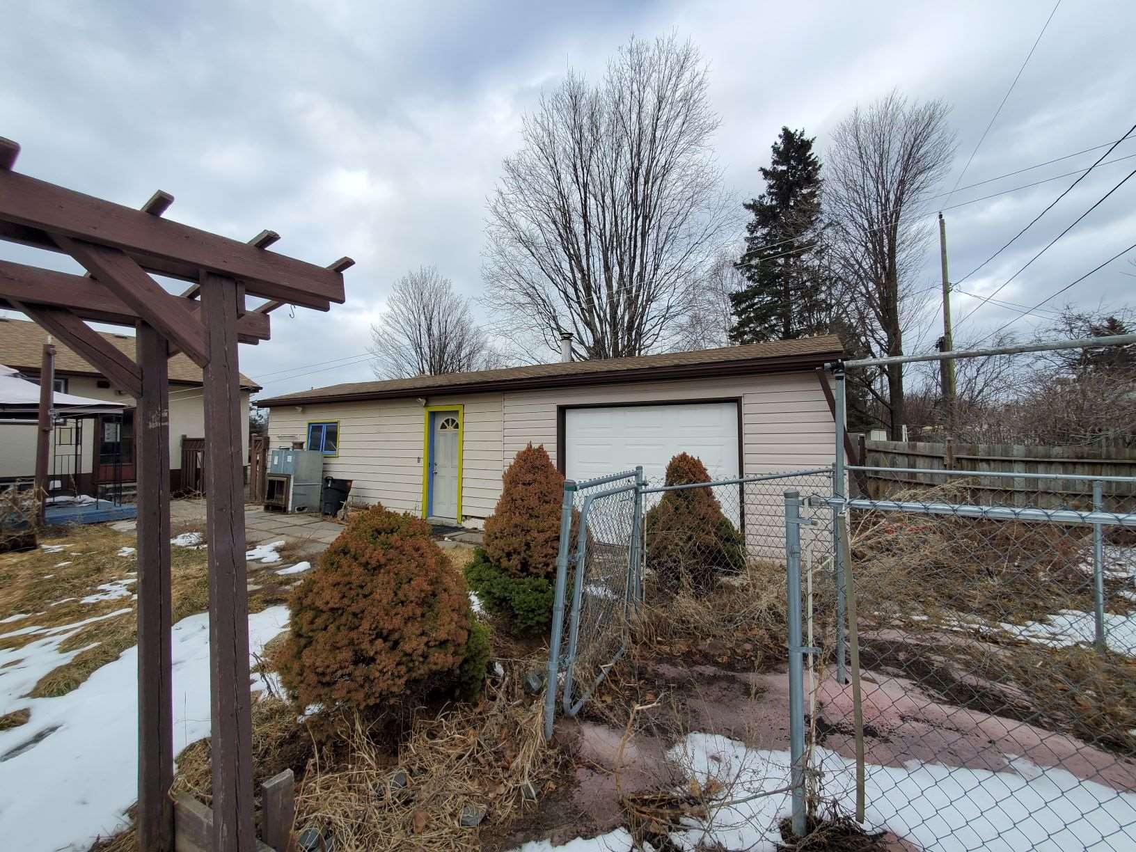 83 Junot Avenue N, Thunder Bay, Ontario (ID TB210759)