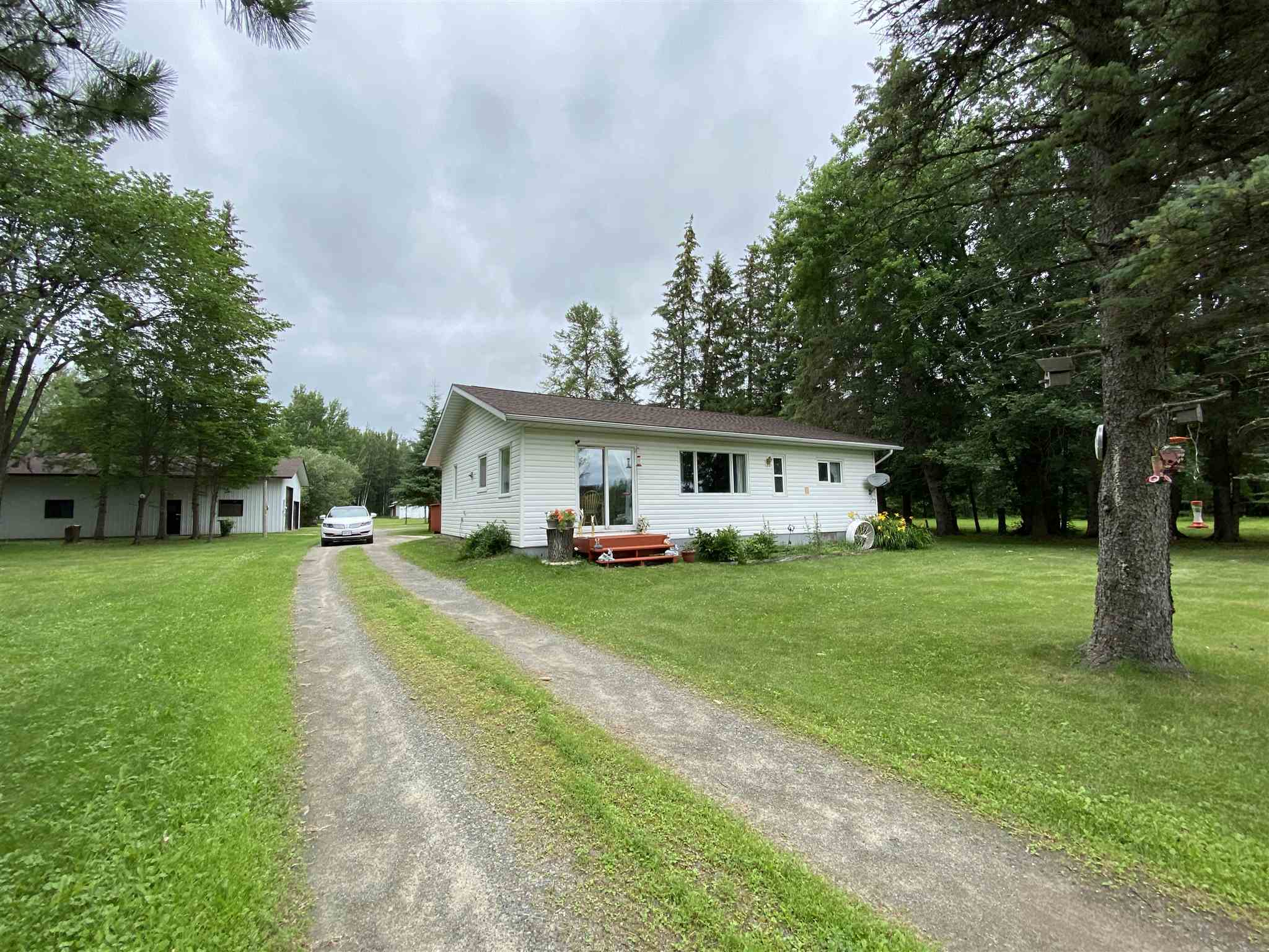 957 Baseline Road, Pinewood, Ontario (ID TB201698)